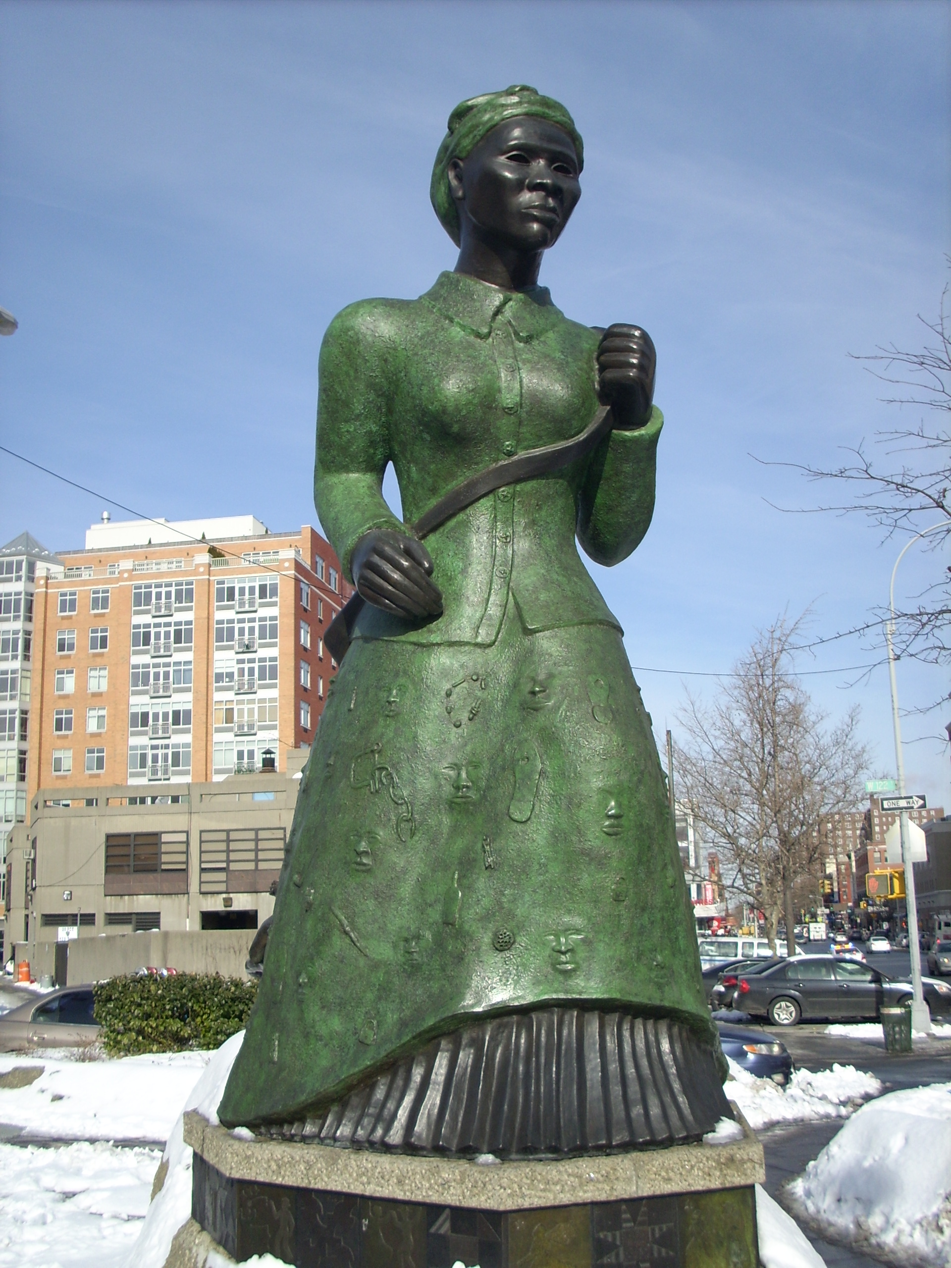 A walk through black history in Harlem | UPTOWNflavor